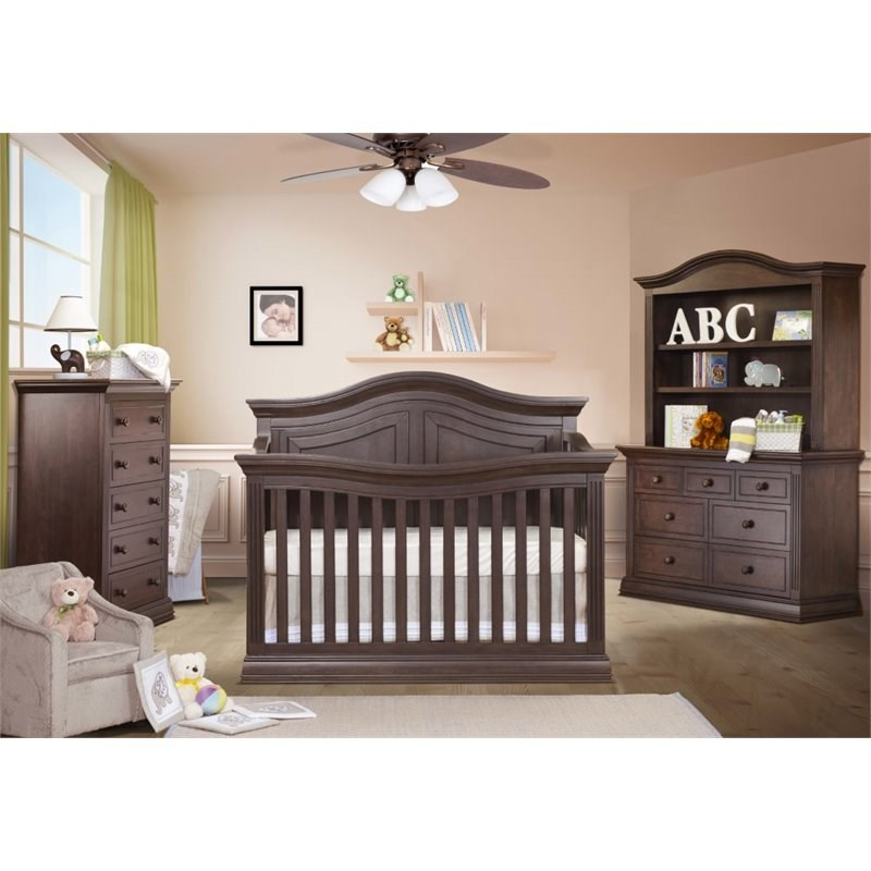 Sorelle Providence Crib in Chocolate